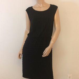 Calvin Klein 12 large tier stretch dress